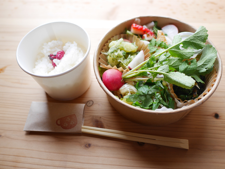 cafe noukaさんの野菜たっぷりのお弁当をTOGO