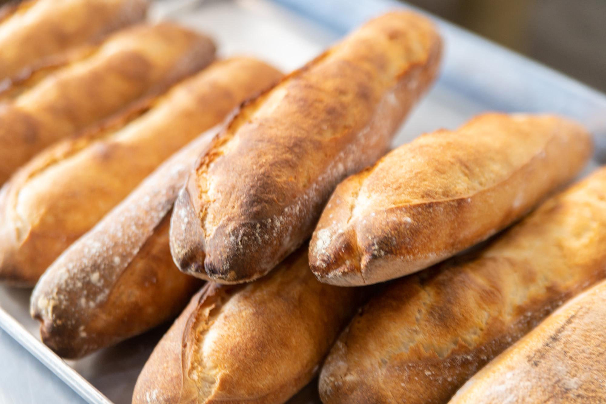 焼きあがったパン2